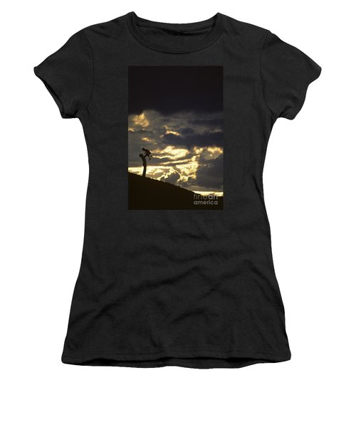 Father Holding Daughter Above His Head Along Hillside Silhouette Women's T-Shirt (Athletic Fit)
