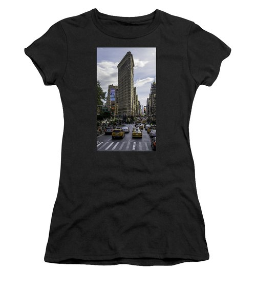 Flatiron Building Women's T-Shirt (Athletic Fit)