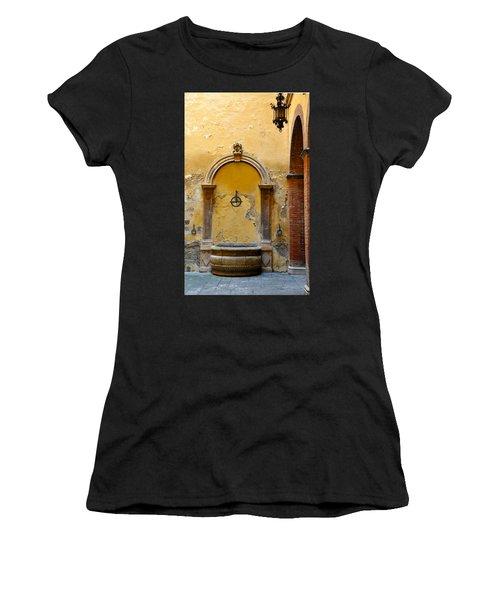 Fountain In Sienna Women's T-Shirt