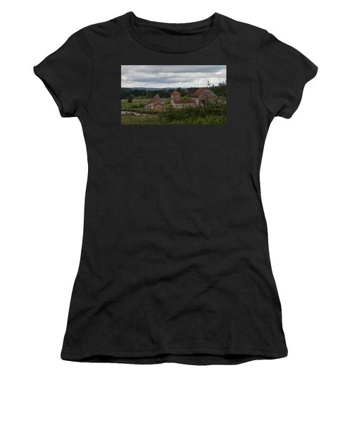 French Farm House Women's T-Shirt (Athletic Fit)