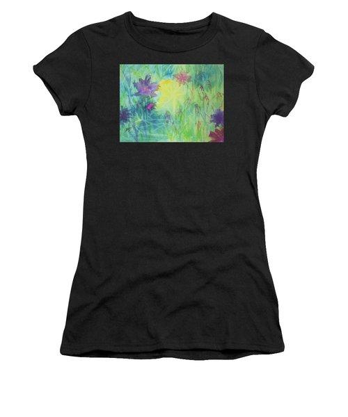 Garden Vortex Women's T-Shirt (Athletic Fit)