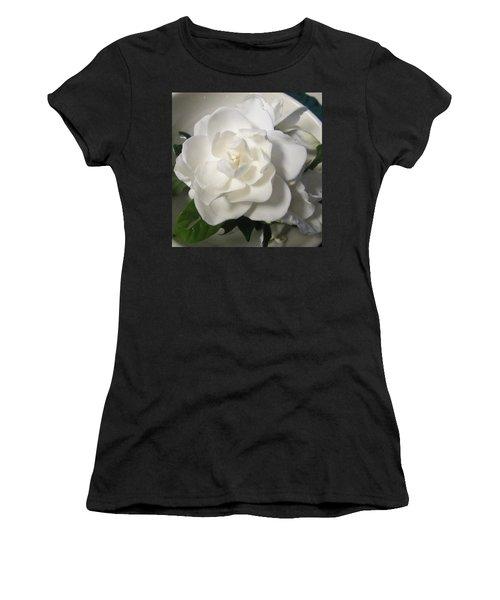 Gardenia Bowl Women's T-Shirt (Athletic Fit)
