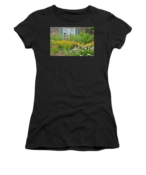 Gardens At The Good Earth Market Women's T-Shirt (Athletic Fit)