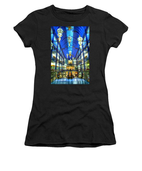 Gaviidae Common Architecture Women's T-Shirt