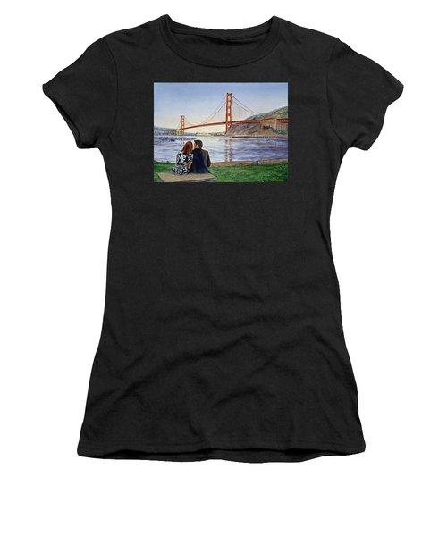 Golden Gate Bridge San Francisco - Two Love Birds Women's T-Shirt
