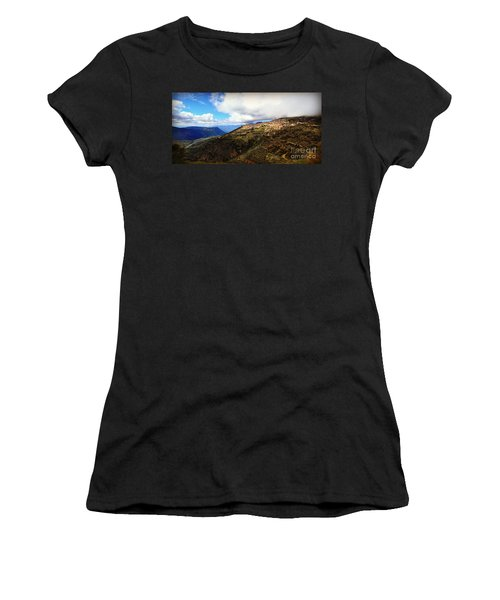 Greece Countryside Women's T-Shirt (Athletic Fit)