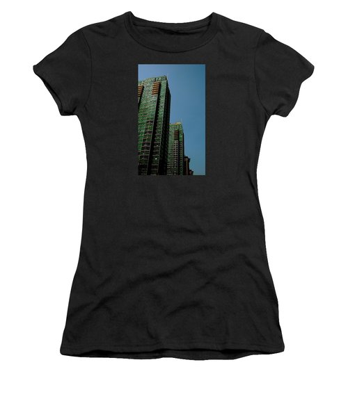 Green Vancouver Towers Women's T-Shirt (Athletic Fit)