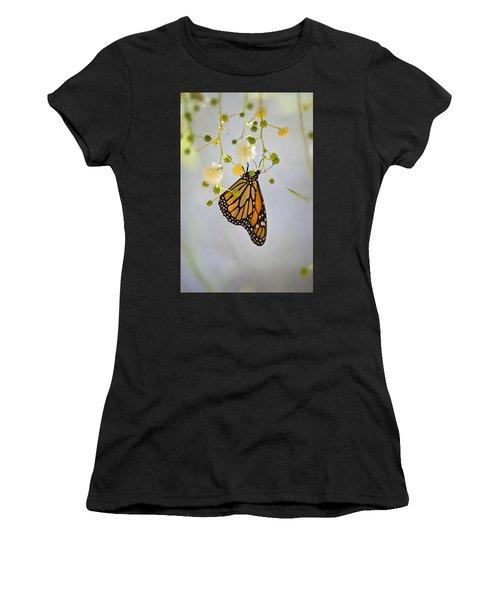 Hang On  Women's T-Shirt