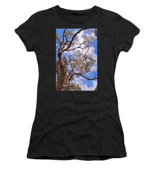Hawaiian Sky Women's T-Shirt (Athletic Fit)