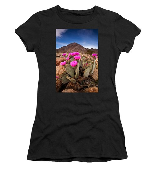 Henderson Canyon Beavertail Women's T-Shirt (Athletic Fit)
