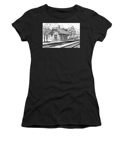 Highlands Train Station Women's T-Shirt