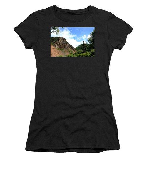 Hills Women's T-Shirt (Athletic Fit)