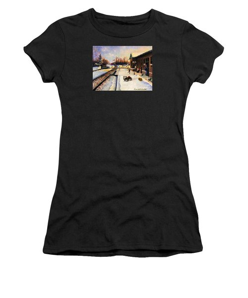 Holiday Depot 1932 Women's T-Shirt (Athletic Fit)