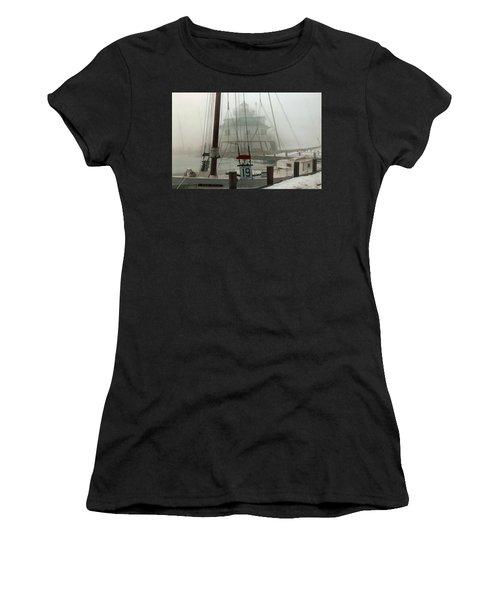 Hooper Straight Lighthouse Women's T-Shirt