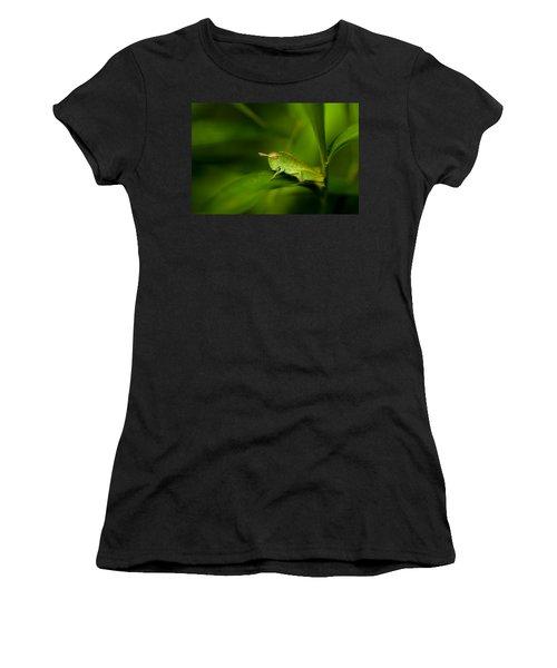 Hopper Women's T-Shirt (Athletic Fit)