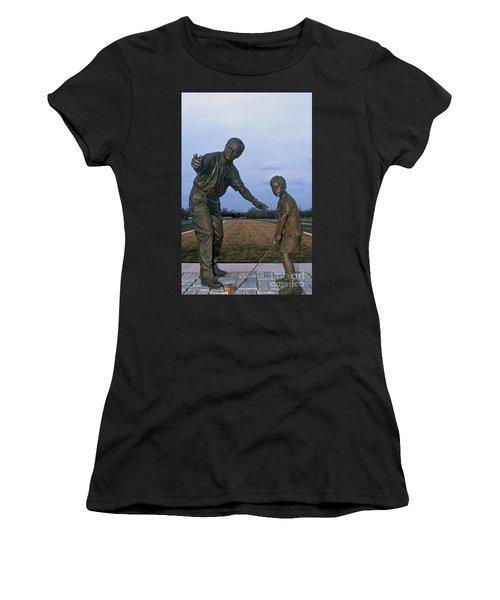 36u-245 Jack Nicklaus Sculpture Photo Women's T-Shirt
