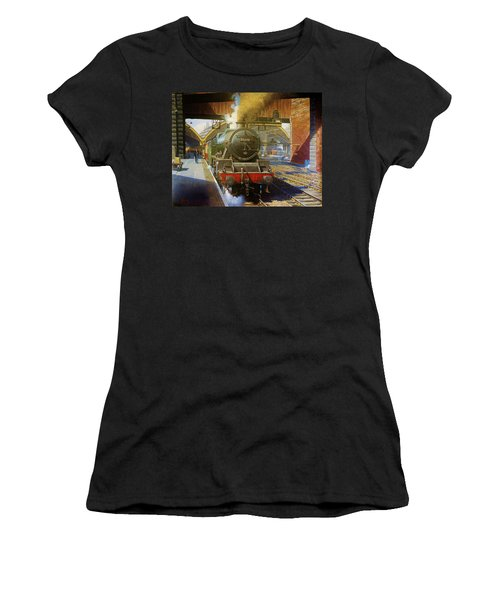Jubilee 4.6.0 At Liverpool Lime Street. Women's T-Shirt