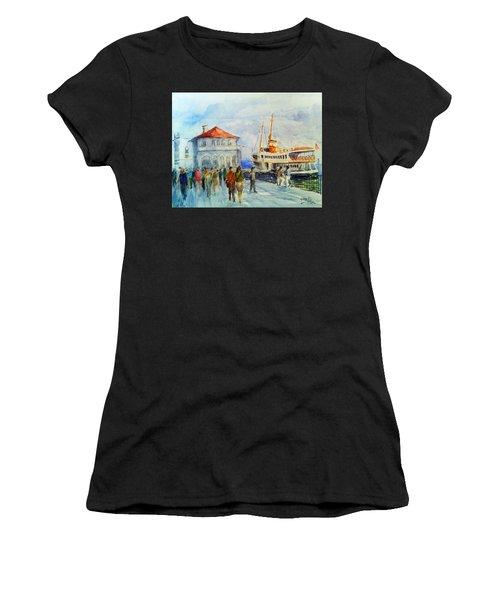Kadikoy Ferry Arrives Women's T-Shirt (Athletic Fit)