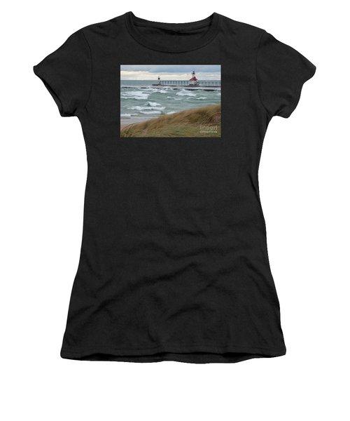 Lake Michigan Winds Women's T-Shirt (Athletic Fit)