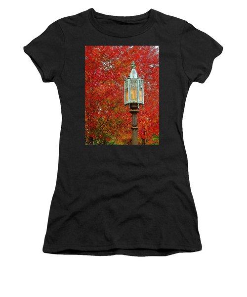 Lamp Post In Fall Women's T-Shirt