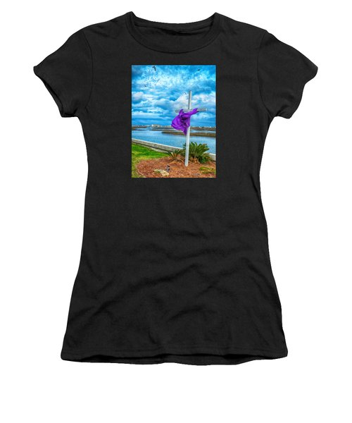 Lentin Cross Women's T-Shirt
