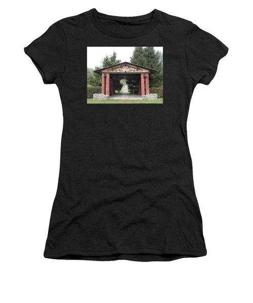 Lheit-li Nation Burial Grounds Entrance Women's T-Shirt