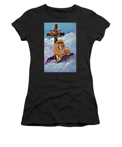 Lion Of Judah At The Cross Women's T-Shirt