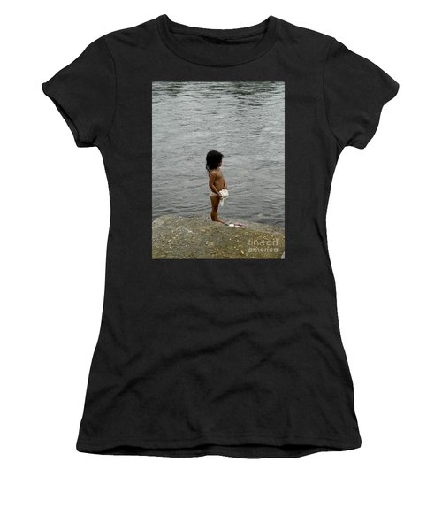 Little Laundress Women's T-Shirt (Athletic Fit)