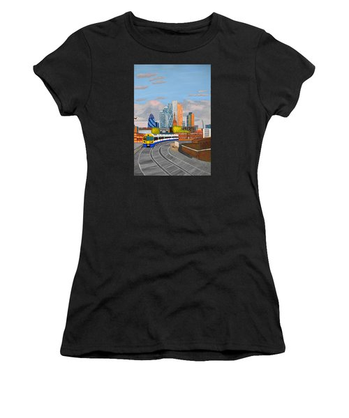 London Overland Train-hoxton Station Women's T-Shirt (Athletic Fit)