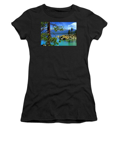 Looking North Women's T-Shirt (Athletic Fit)