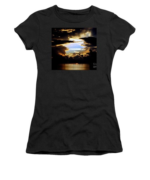 Louisiana Sunset Blue In The Gulf  Of Mexico Women's T-Shirt (Athletic Fit)