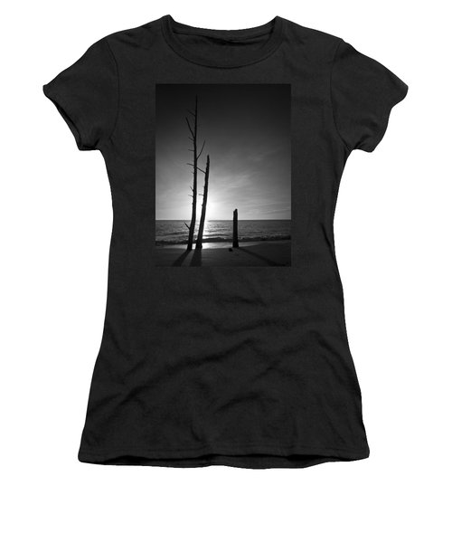 Lovers Key Sunset Black And White One Women's T-Shirt (Athletic Fit)