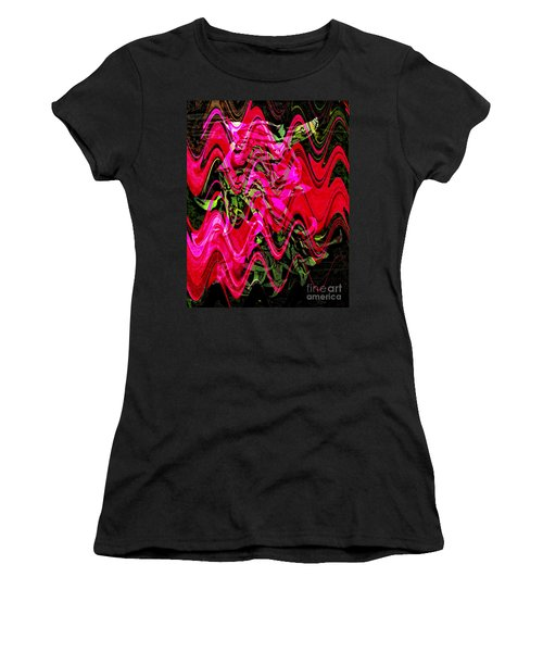 Magnet Women's T-Shirt
