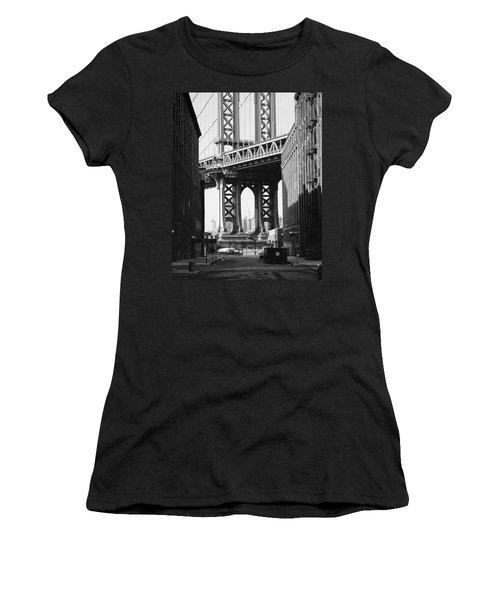 Manhattan Bridge Women's T-Shirt