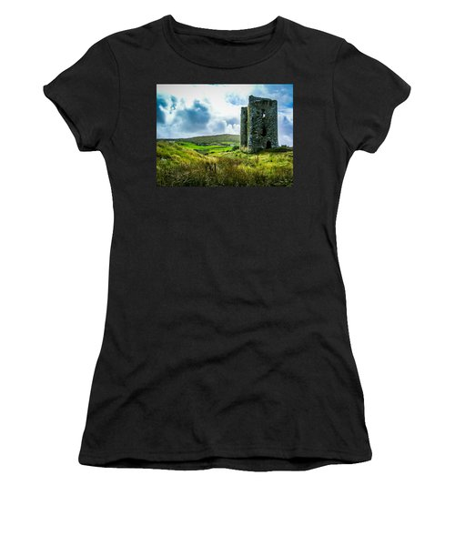 Medieval Dunmanus Castle On Ireland's Mizen Peninsula Women's T-Shirt
