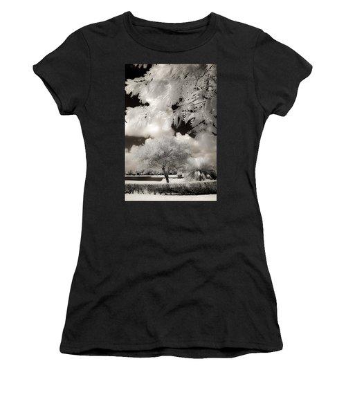 Miami Beach Park Women's T-Shirt
