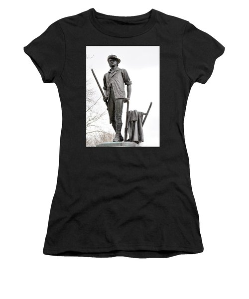 Minute Man Statue Women's T-Shirt