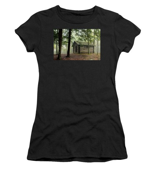 Misty Morning Cabin Women's T-Shirt (Athletic Fit)
