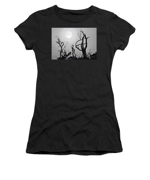 Moon Whisperer Women's T-Shirt