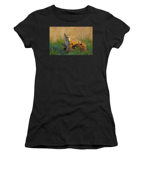 Mother Fox And Kits Women's T-Shirt