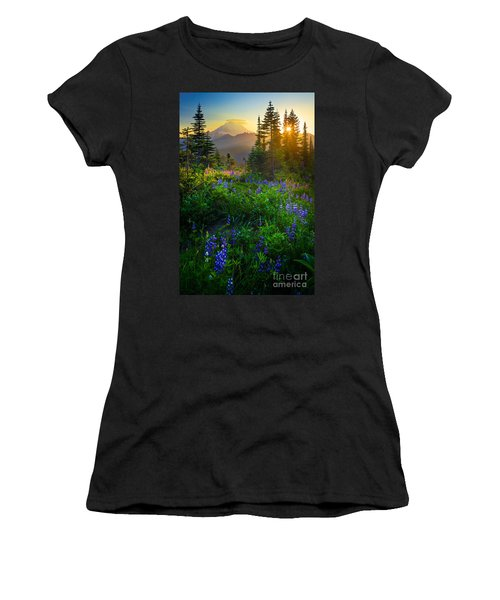 Mount Rainier Sunburst Women's T-Shirt