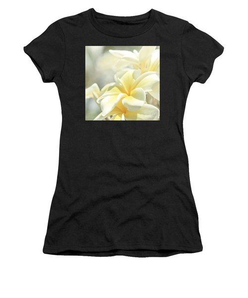 Na Lei Pua Melia Aloha E Ko Lele Women's T-Shirt (Athletic Fit)