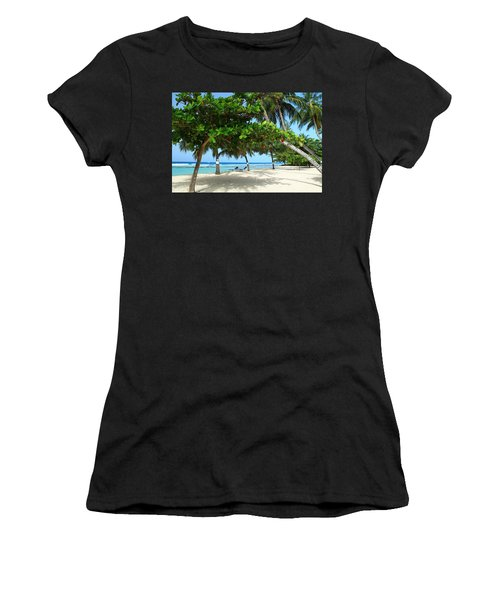 Natures Umbrella Tree Women's T-Shirt (Athletic Fit)