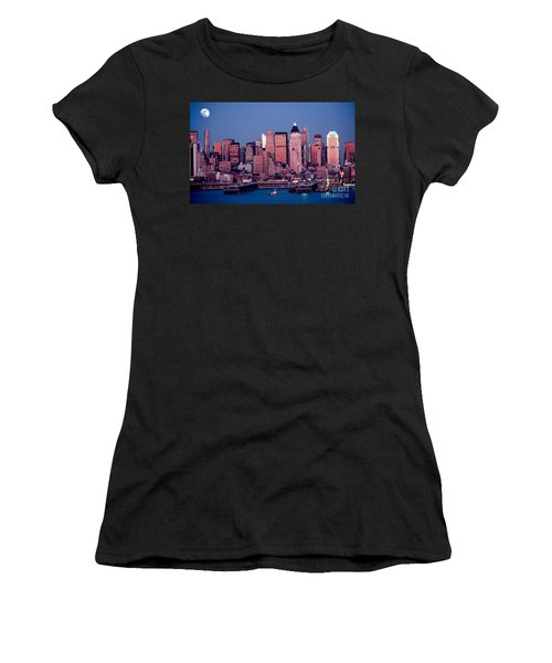 New York Skyline At Dusk Women's T-Shirt