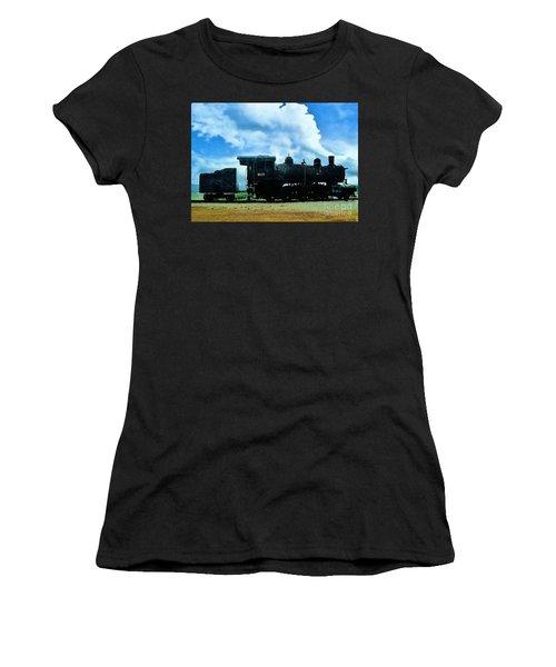 Norfolk Western Steam Locomotive 917 Women's T-Shirt (Athletic Fit)