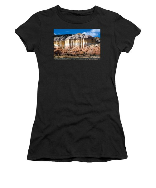 Northern New Mexico Women's T-Shirt (Athletic Fit)