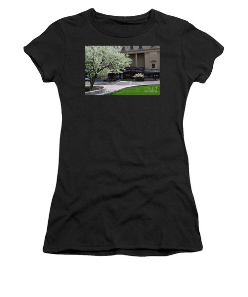 D45l42 Ohio Theatre Photo Women's T-Shirt