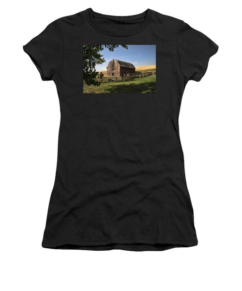 Old Barn On The Palouse Women's T-Shirt (Athletic Fit)