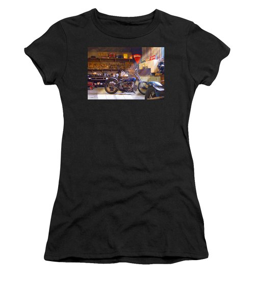 Old Motorcycle Shop 2 Women's T-Shirt
