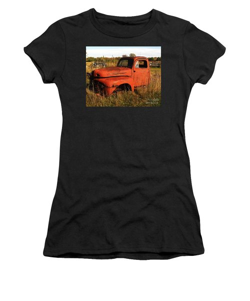 Old Orange Women's T-Shirt (Athletic Fit)